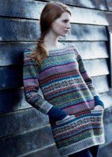 Вязаное платье-туника с узором