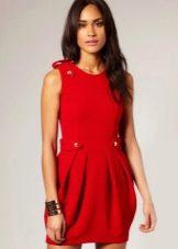 Красное платье тюльпан
