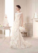 Свадебное платье со шлейфом в стиле чикаго