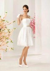 Кружевное платье в стиле Одри Хепберн свадебное