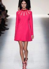 Платье прямое в стиле 60-х