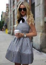 Платье в бело-черную мелкую клетку
