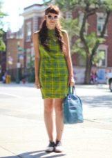 Платье в желто-зеленую клетку