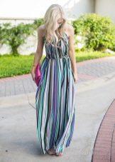 Длинное шифоновое платье в цветную полоску