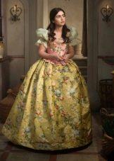 Желтое платье барокко