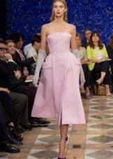 Розовое платье-бюстье в стиле нью лук