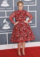 Платье в стиле нью лук для девушек с фигурой типа Яблоко