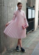 Шифоновое плиссированное платье