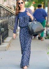 Синее длинное повседневное платье с белым мелким принтом