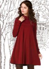 Платье с клешем от груди