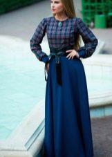 Синее длинное зимнее платье