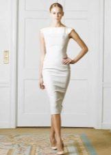 Строгое свадебное платье футляр