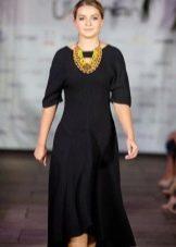 Черное платье трикотажное украинское