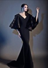 Черное трикотажное платье в пол