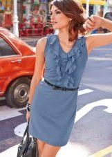 Прямое трикотажное платье короткое