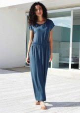 Прямое трикотажное платье в пол