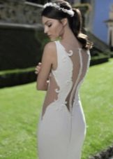 Платье с открытой спиной свадебнеое