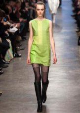 Салатневое весеннее платье