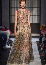 Цветочное платье от Шипарелли