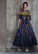Платье с рисунком А-силуэта