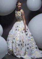 Весенне пышное платье с принтом