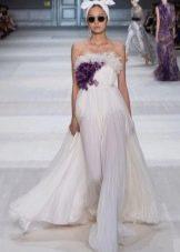 Вечернее платье с цветком из ткани