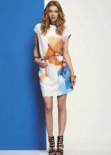 Летнее платье в стиле шанель цветное