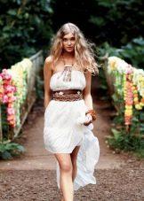Легкое платье в стиле бохо с поясом
