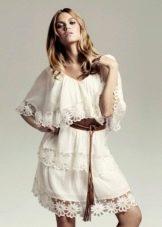 Легкое платье в стиле бохо с рукавами