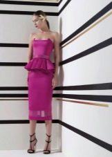 Яркое фиолетовое платье