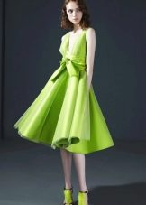 Салатневое платье