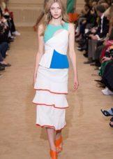 Летнее платье с оборками миди
