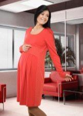 Осеннее платье для беременных с рукавами