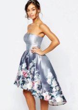 Платье-бандо с асимметричной юбкой средней длины
