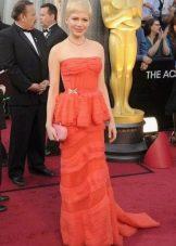 Кружевное платье-бюстье и уход за ним