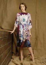 Платье из павлопосадских платков белое с принтом