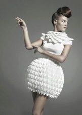 Платье из бумаги белое