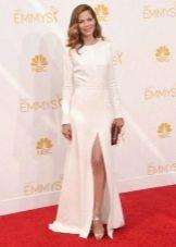 Белое длинное платье с разрезом на корпоратив