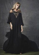 Платье с цельнокроеным рукавом в пол