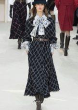 Шерстяное платье в клетку от Шанель
