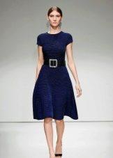 Шерстяное платье А-силуэта синее