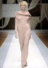 Шерстяное платье в пол с воротником