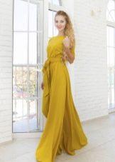 Платье из крепдешина горчичное в пол
