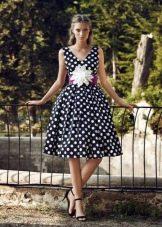 Платье в стиле ретро в горошек пышное