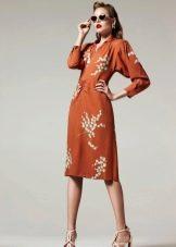 Платье в стиле 40-х с рукавом
