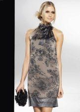 Платье в стиле ретро с американской проймой короткое