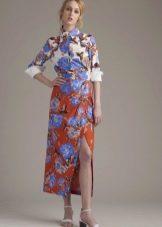 Приталенное  платье-рубашка цветное