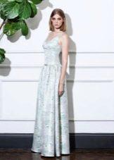 Приталенное платье расклешенное  в пол