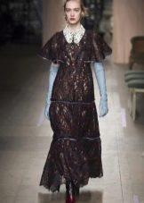 Приталенное  платье-рубашка с широкими рукавами