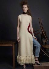 Приталенное  платье вязаное спицами в пол
